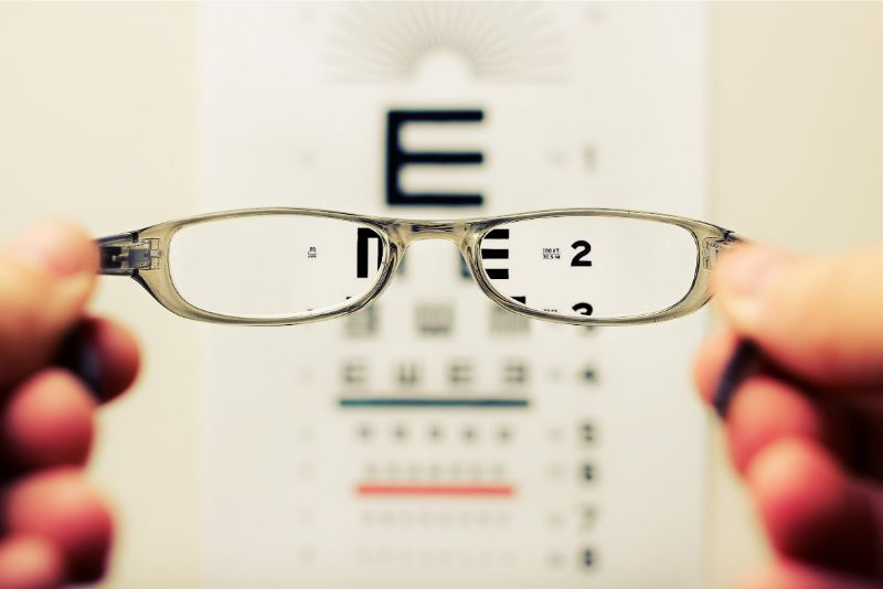Can We Measure Eyesight By Ourselves?